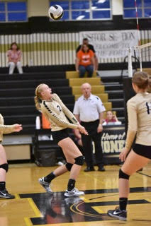 #2 Haley Eversole during play action